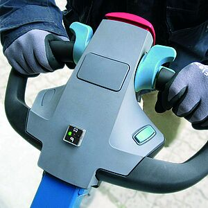 Detailed view of the handle and belly contact switch of the mobile vacuum lifting device CLAD-LIFT