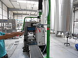 Carton Light Lift tube lifter in production
